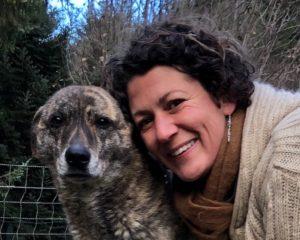 Hundeverhaltenstherapeutin Melanie Müller Quine mit Leithund Kira