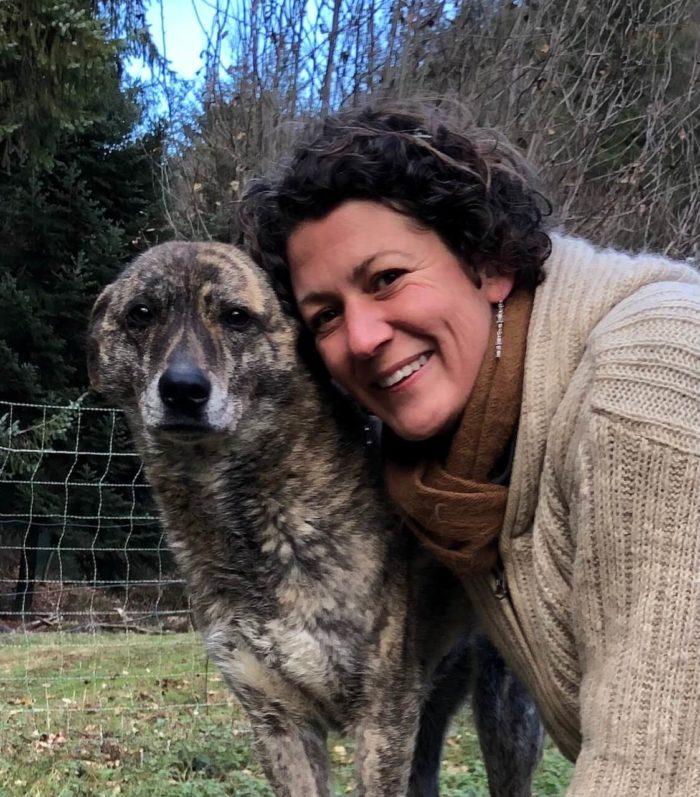 Melanie Müller Quine mit zentralem Leithund Kira